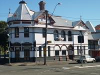 Red Brick Hotel   Bar   Bistro   Pub