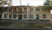 Red Cliffs Hotel (Bev and Mick's Backpackers )