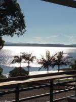 Redland Bay Hotel - image 1