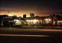 Retreat Hotel-Motel
