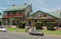 Robertson Inn Hotel
