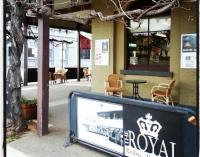 Royal Hotel Inglewood - image 2