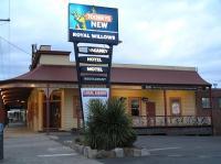 Royal Willows Hotel/Motel
