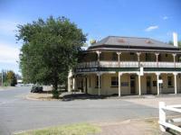 Seven Creeks Hotel