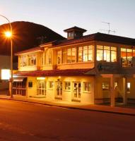 Shoal Bay Country Club Hotel