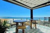 The Collaroy Hotel - image 2