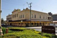 Victoria Hotel - image 1