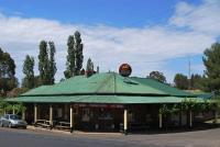 Wombat Hotel