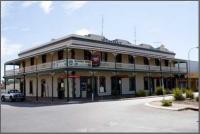 Wombat Hotel - image 1