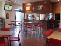 Wombat Hotel - image 2