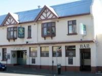 Ye Olde Commodore Inn