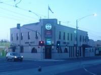 A pretty ordinary pub next to the old prison - review image 1